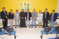 Padre Ewerton  Garcia visita câmara Municipal de Novo Horizonte do Sul